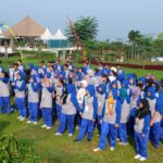 baris-berbaris team outbound Revolusi Etos Kerja